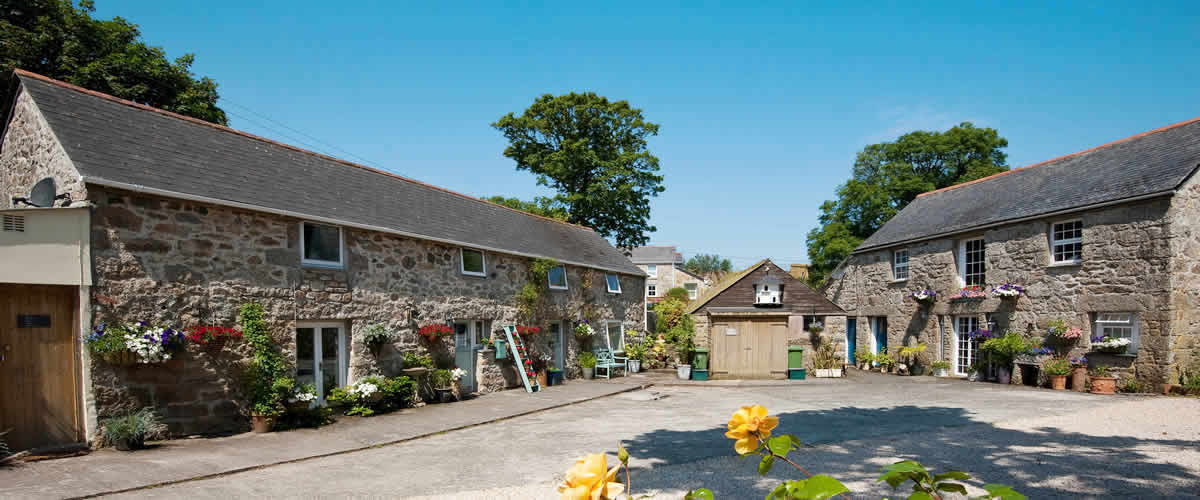 Chypons Farm Self Catering Holiday Cottages and Bed and Breakfast